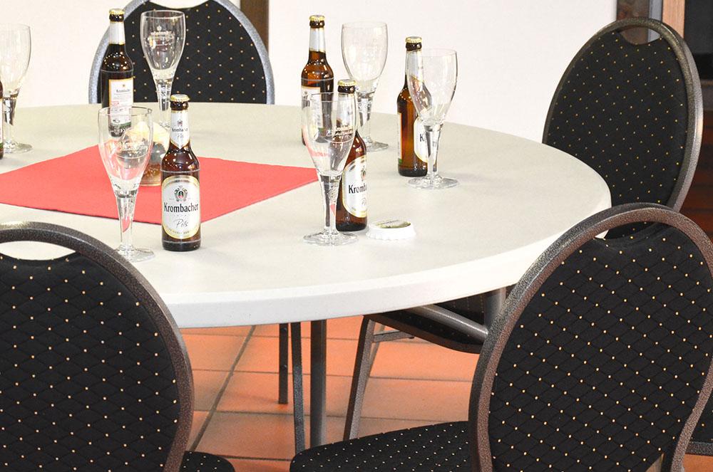 vermietung von event zubeh r l nshalle sport eventcenter. Black Bedroom Furniture Sets. Home Design Ideas